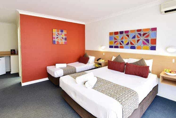 Standard twin Room - The Diplomat Motel