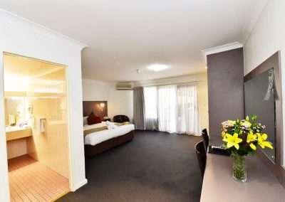 King Room 400x284 - King Room